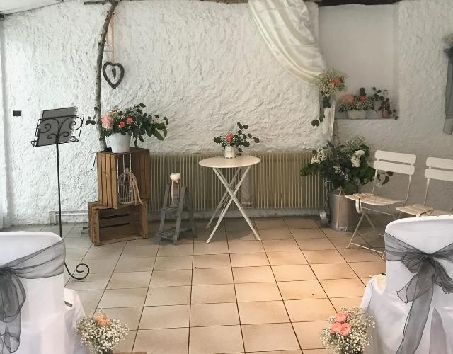 décor champêtre ceremonie laique Noce de Rêve by Flovinno