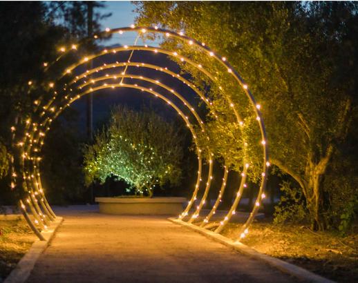 Arche lumineuse en Crète Noce de rêve by Flovinno