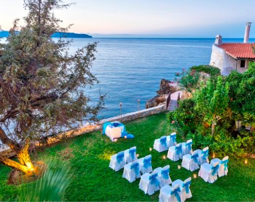 Cérémonie au bord de mer en Crète Noce de rêve by Flovinno