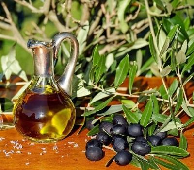 Huile d'olive typique de la Crète Noce de Rêve by Flovinno