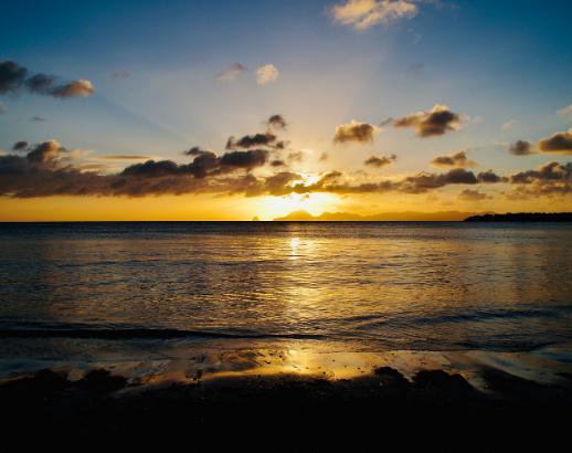 Couché de soleil aux Antilles Noce de rêve by Flovinno